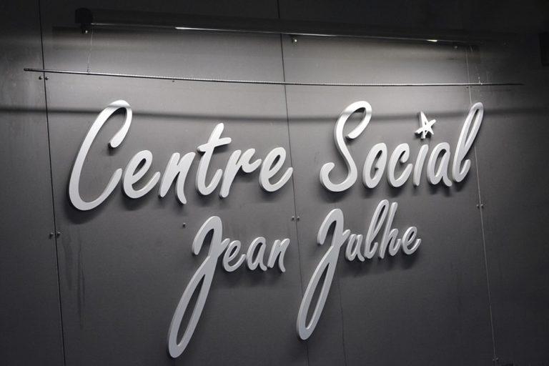 Cérémonie de dénomination du Centre social Jean Julhe