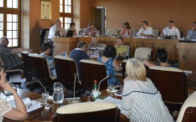 la Ville souhaite redynamiser ses jumelages et développer les échanges internationaux