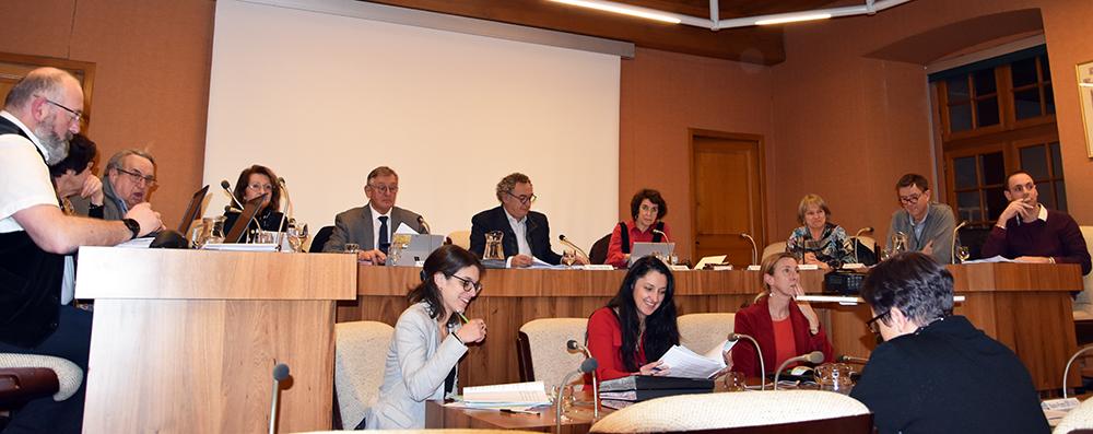 Dernière séance à la présidence du Conseil municipal pour Pierre JARLIER, maire de Saint-Flour après 27 années d'engagement au service des Sanflorains