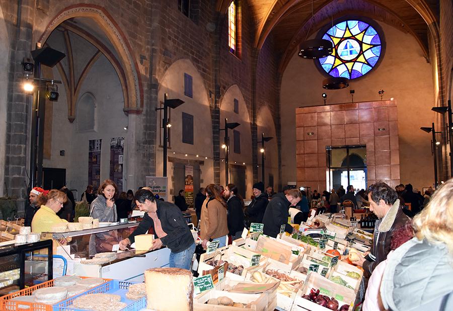 Covid-19  Le marché hebdomadaire du mardi et du samedi interdit